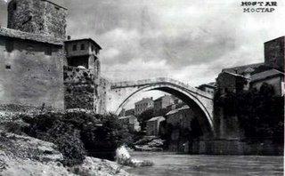il ponte di Mostar (Bosnia Erzegovina), costruito nel 1566, com'era...