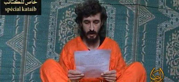 """DENIS ALLEX in un video diffuso dai ribelli islamisti (da """"la Stampa.it)"""